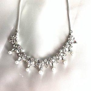 NEW‼️CharmingCharlie silver,diamond,pearl necklace